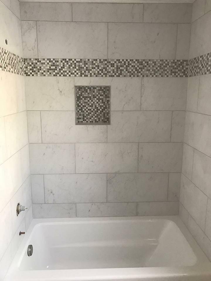 glass tile, glass border, niche, stone, marble, ceramic, bathtub enclosure