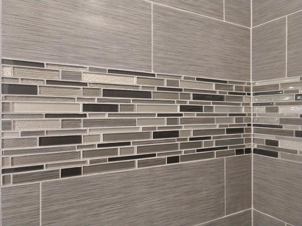 big tile, subway tile, glass tile, grey, gray, ceramic tile, white, border, shower, stagger bond, running bond