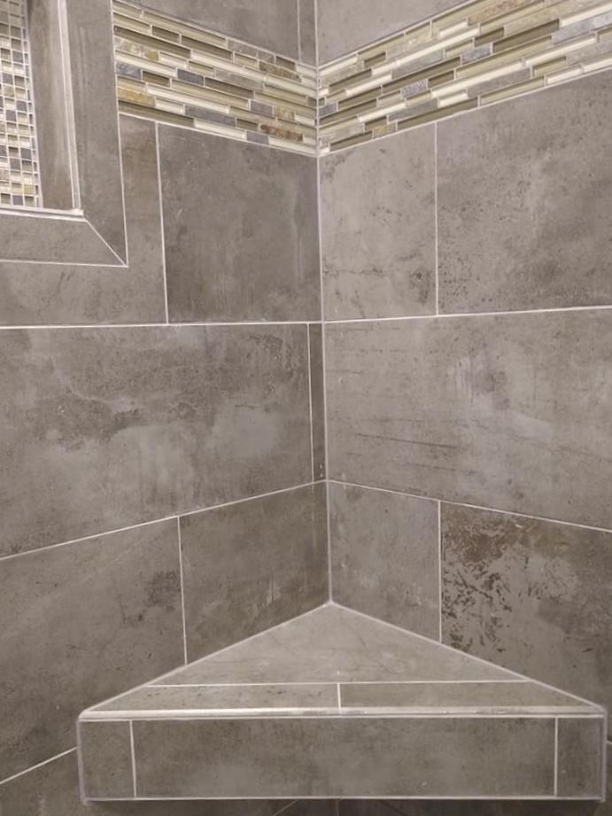 walk-in shower, niche, corner bench, glass tile, stone tile