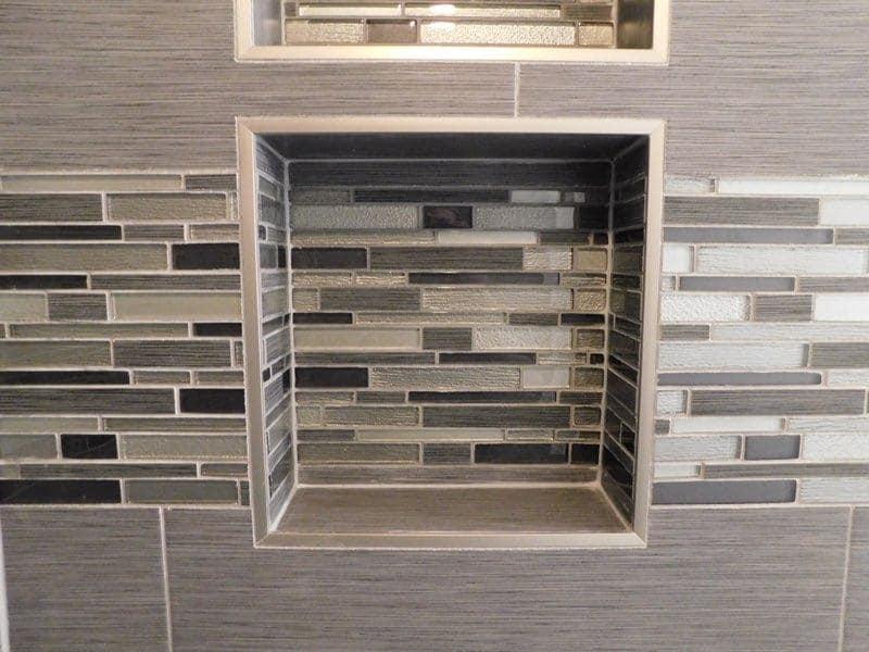 glass tile border, glass tile niche, double niche, shower niches