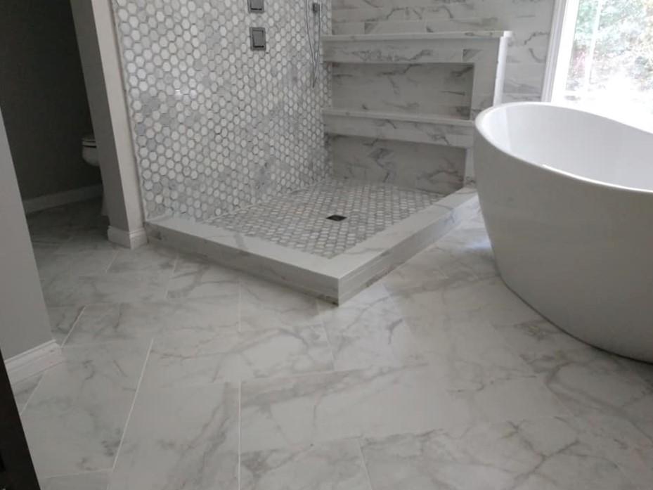 walk-in, shower, double niche, unique idea, hexagon tile, stone, marble, subway tile, 3x9 tile, shower pan, elegant, white, grey, gray, exquisite, free-standing bathtub