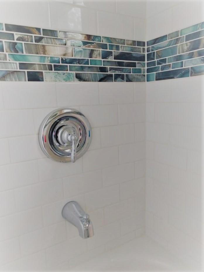 teal, aqua, blue, bright, vibrant, white, tile, subway, niche, border, Home Depot